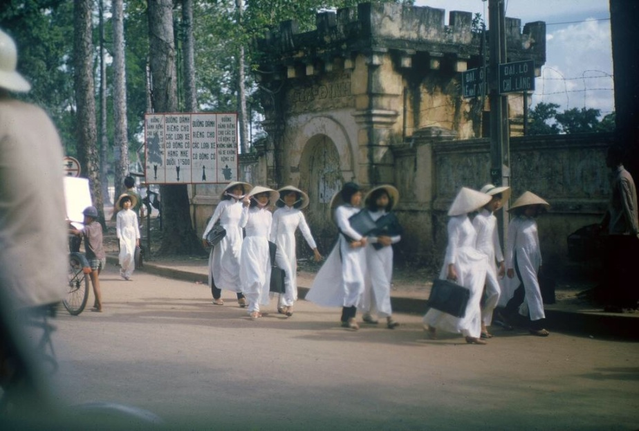 Sài Gòn 1965 qua 70 bức ảnh của GaryMathews